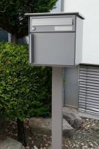 Einzelbriefkasten mit Mittelstütze Ecoline